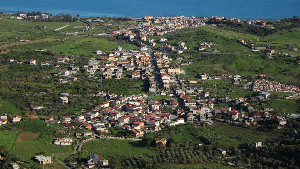 Brancaleone vista dal paese vecchio